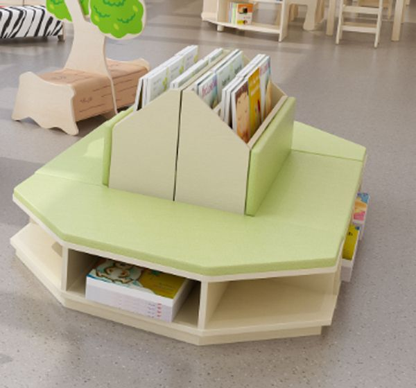 Lese- und Spielecke / reading and playing area