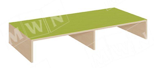 Rechteck Podest 150x70cm vorne offen mit Mittelwand